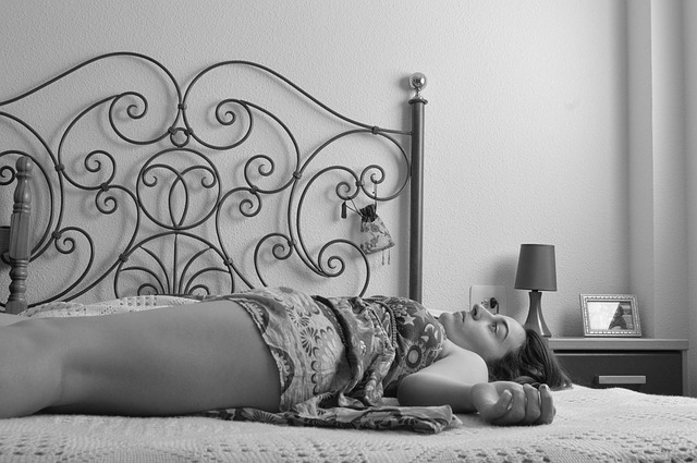 vyčerpaná žena