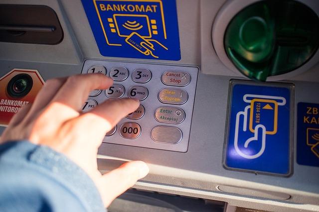 ovládání bankomatu.jpg